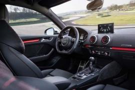 audi rs3 sportback 2.5 interior