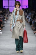 Gucci Men's Spring Summer 2016 Collection Look 01_Love