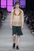 Gucci Men's Spring Summer 2016 Collection Look 06_Benas