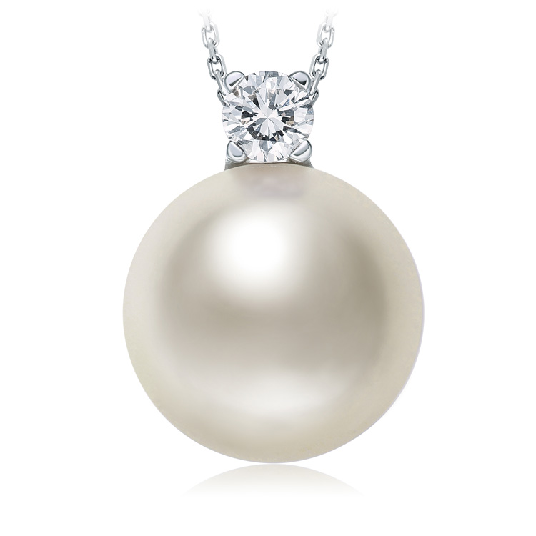 chow-tai-fook-mother's day-luxury-jewellery-gift-C-65423