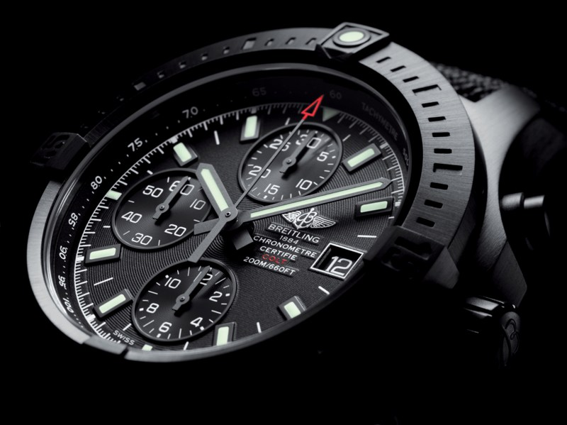 breiting-luxury-watch-colt-chronograph-automatic-blacksteel-cosc-ocean-racer-military-hk (3)