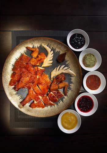 Lai Bun Fu - Sifu's Crispy Chicken with 5 Flavour Sauces-lai-bun-fu-mid-autumn-moon-festival-canton-cuisine-food-restaurant-chinese-mooncake-boxset-tradition
