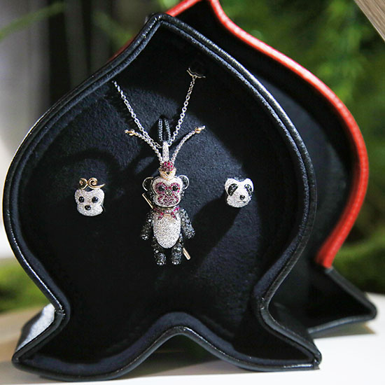 qeelin__bo bo_monkey king_charm_pendant