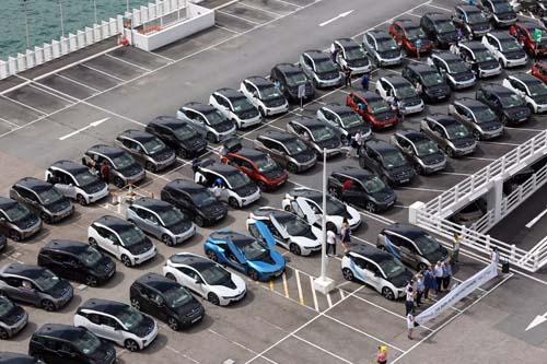 bmw-electrifying-parade-i3-i8-car-formulae-evillage-medical-car-icar-hk-central-harbourcity-save-energy-6