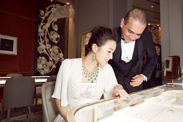 nirav-modi_press-day_zhang-ziyi