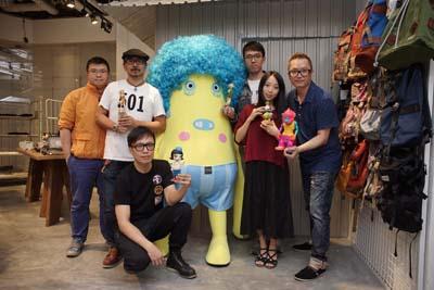 toysoul-picasso-designer-star-hall-klb-creative-christmas-figure-toy-hk-acg-1