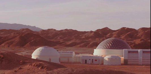 在甘肅戈壁沙漠中建立的火星基地亮相公眾,宣告了太空C計劃的啟動