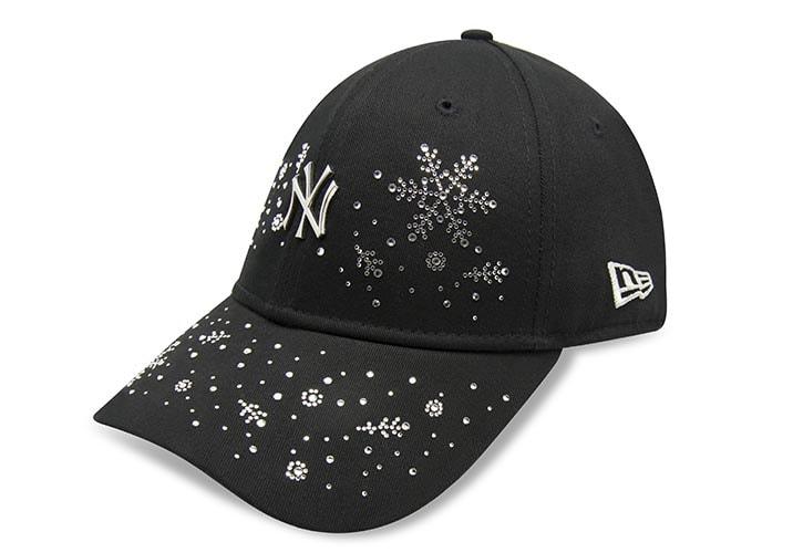 fashionable swarovski snowflake cap