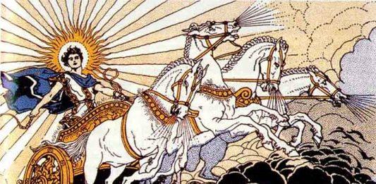 現代太陽神 Helios(赫利俄斯)多了一項職責——製衣。HELIOS 在香港為顧客提供製作班衫、波衫、印衫、制服、Ocamp Tee 等服務