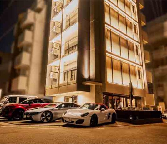 A new hotel in Okinawa offers free drive of deluxe sports cars